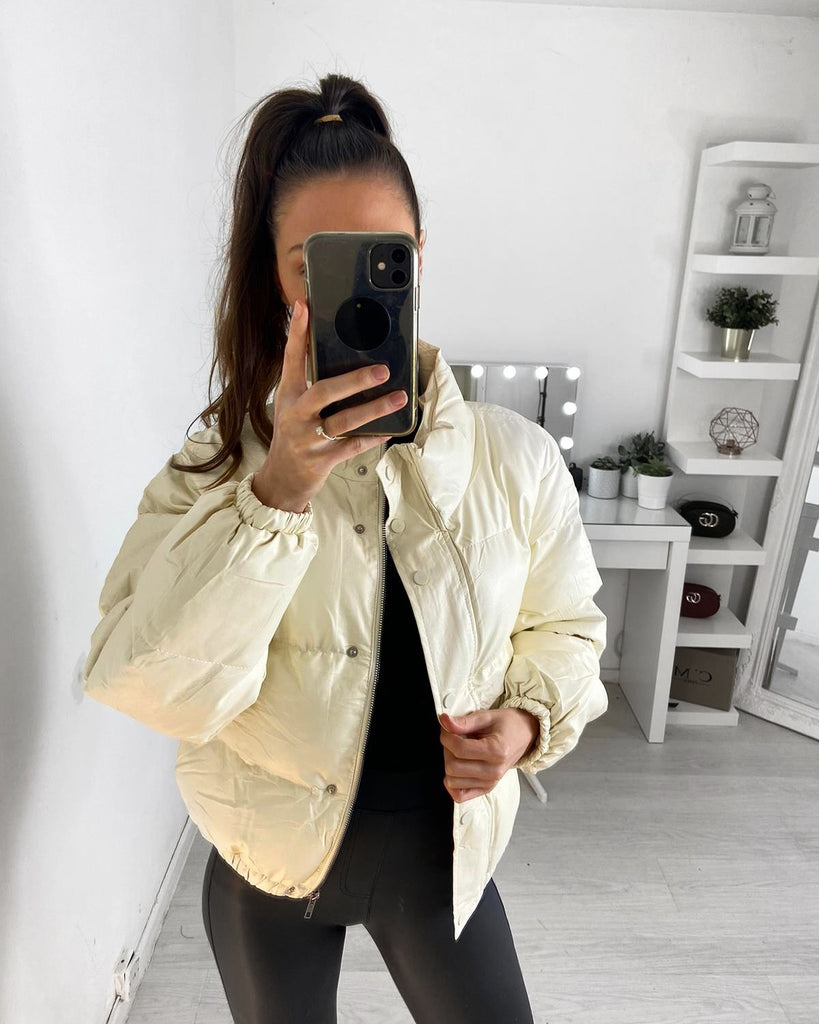 'Alicia' Cream Cropped a Puffer Coat