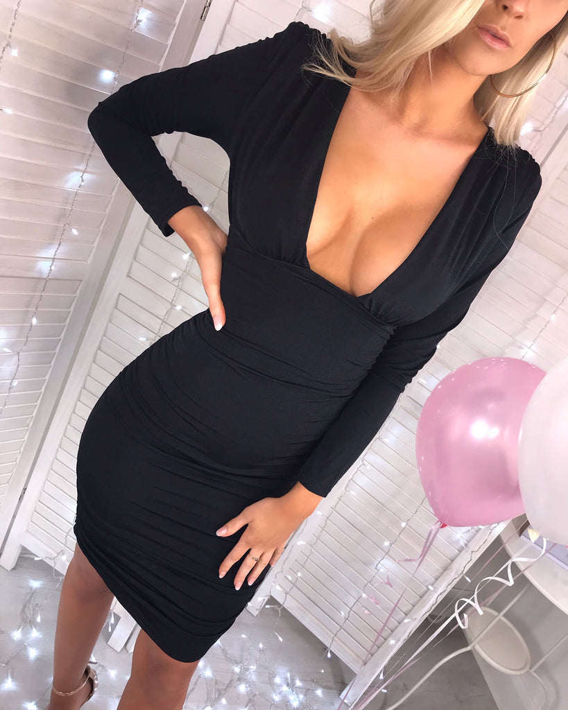'Piper' Black Long-Sleeve Ruched Midi Dress