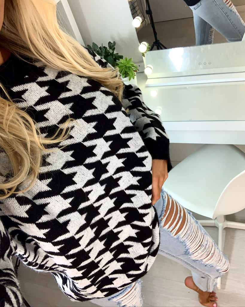 'Evelina' Monochrome Dogtooth Knitted Jumper