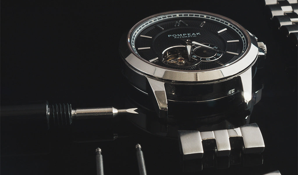Automatic watch disassembly