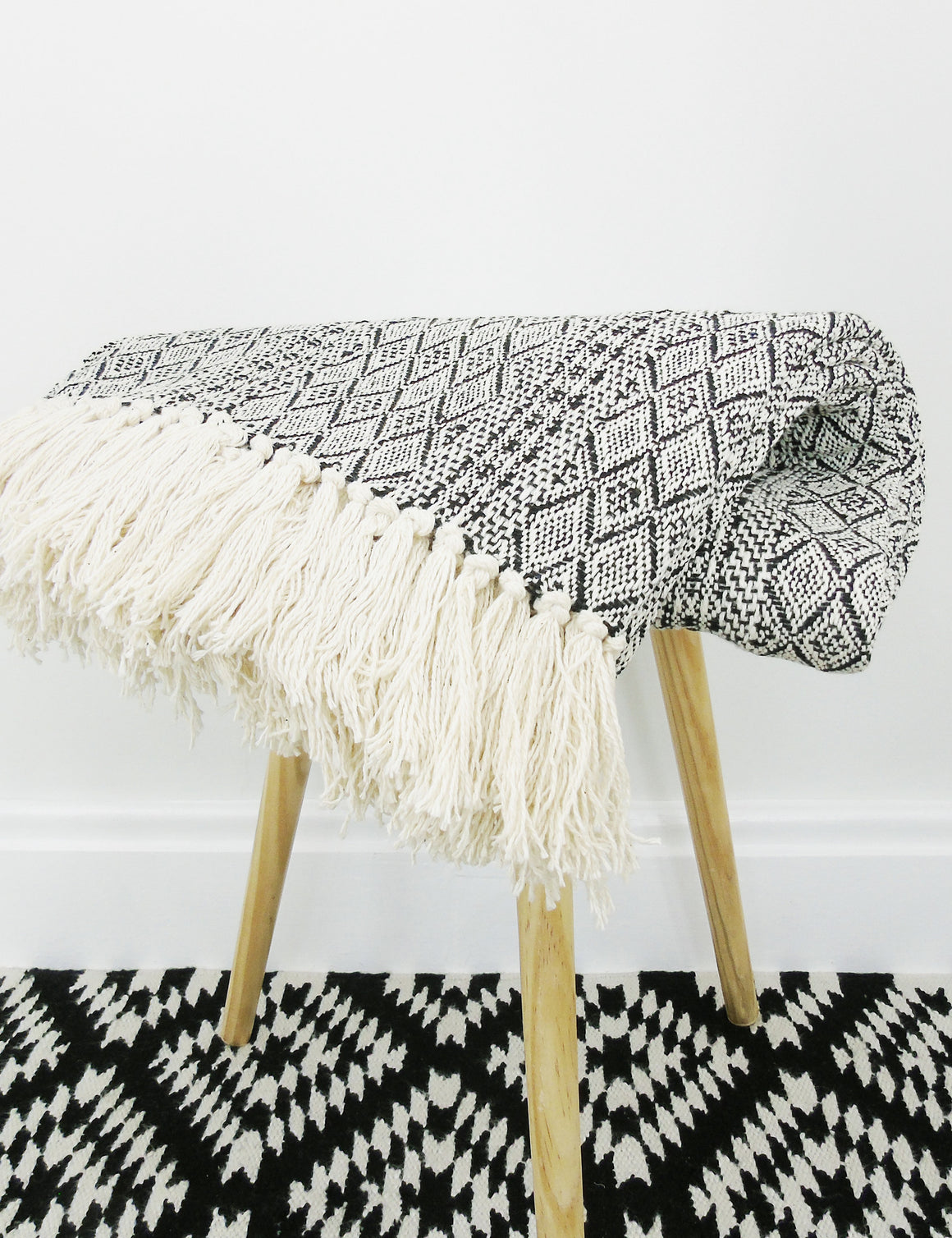 Diamond Woven Cotton Throw