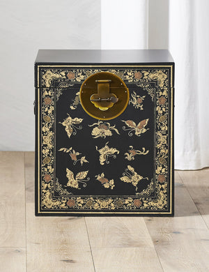 The Nine Schools Oriental Decorated Black Trunk