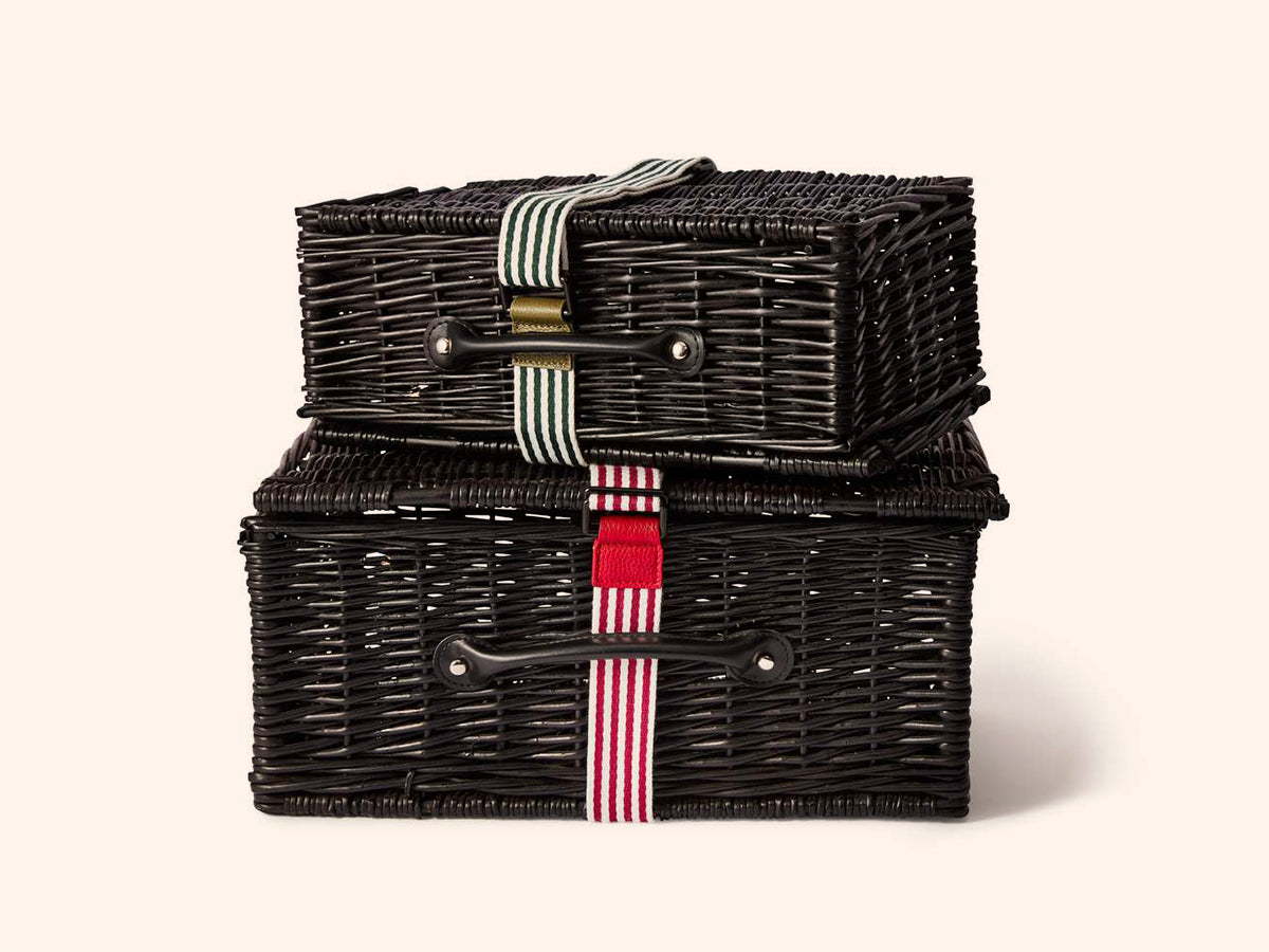 files/Wicker-Hampers-Stack.jpg