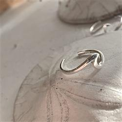 Toe Ring, Sterling Silver, Tofino Wave - Floral Acres Greenhouse & Garden Centre