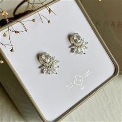 Earrings, Stud, Windsor Sterling Silver Rhinestone - Floral Acres Greenhouse & Garden Centre