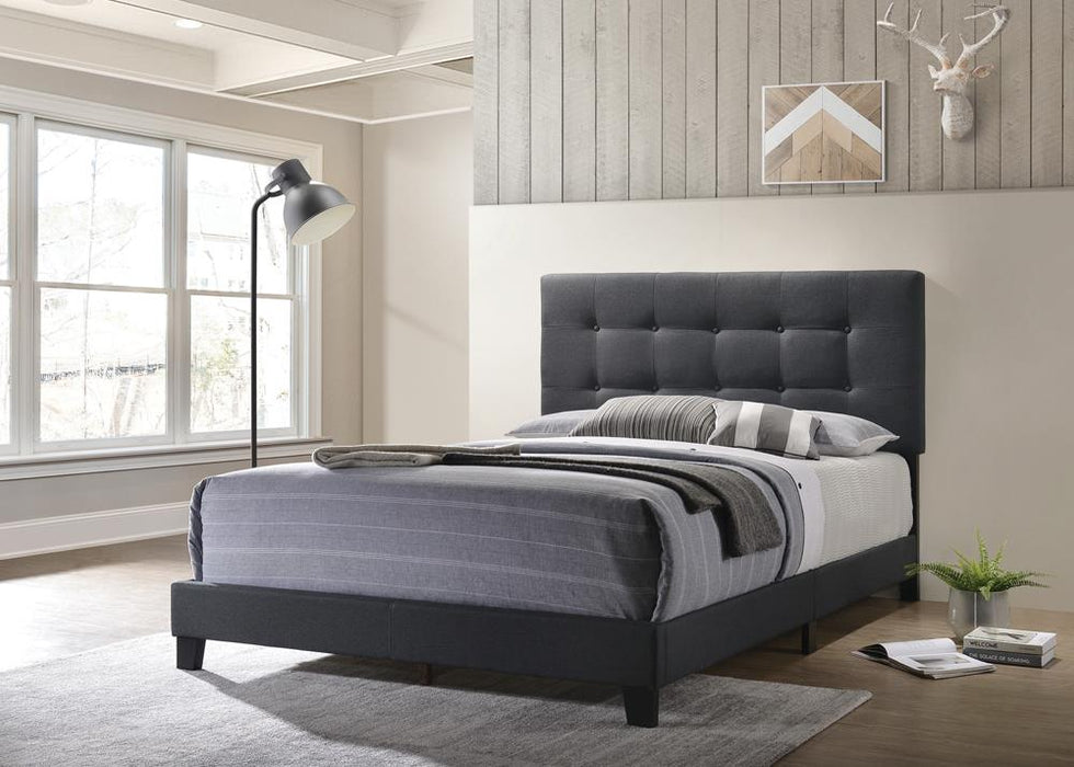 G305746 E King Bed image