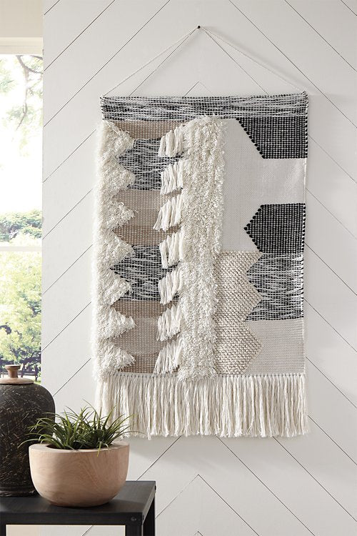 Taylen Signature Design by Ashley Wall Decor image