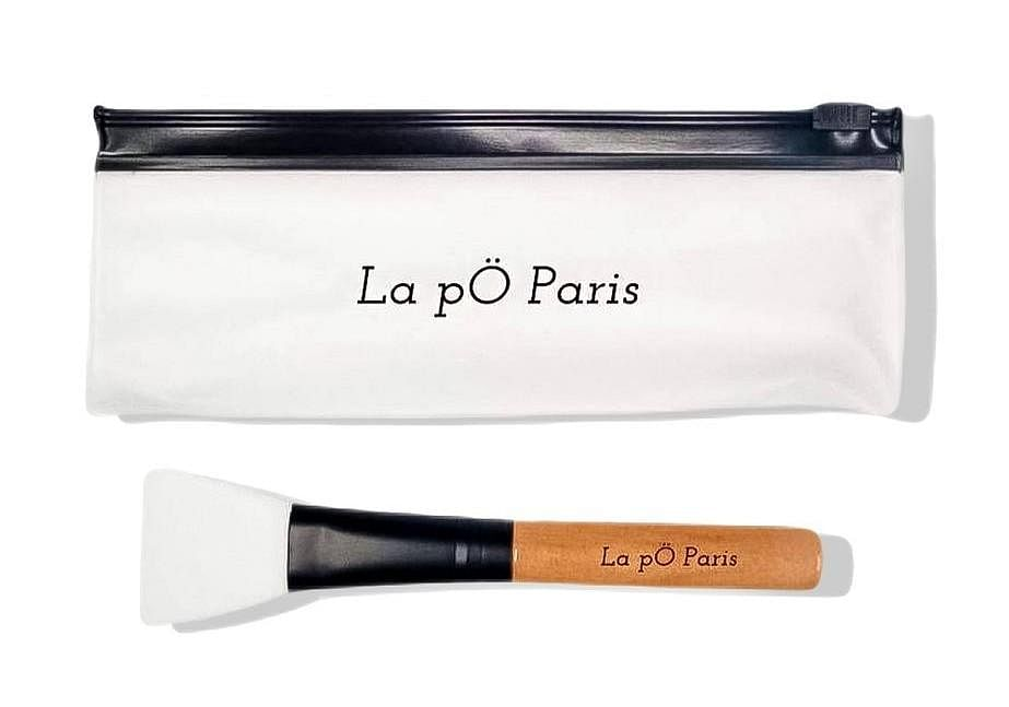 La pÖ Pariss Silicone Face Mask Brush Applicator Tool with Wooden Handle and Anti-Oxidatant Coating for Clean and Precise Application La pO Paris