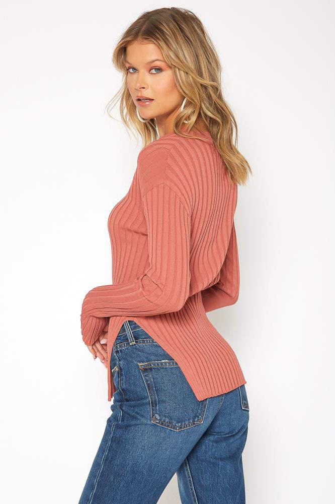 Unbalance Knit Top