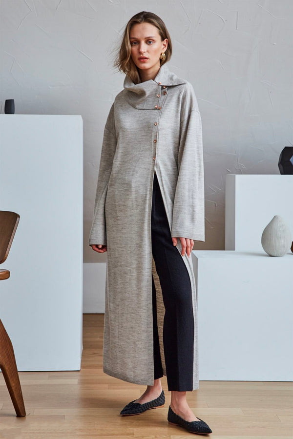 Roll-Neck Slit Long Cashmere Sweater