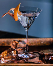 Load image into Gallery viewer, GIN MARTINI 375ML BOTTLED