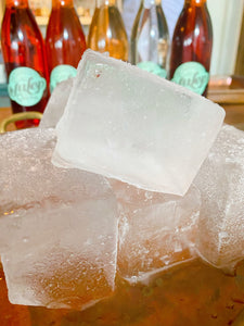 4-LARGE FORMAT ICE CUBES