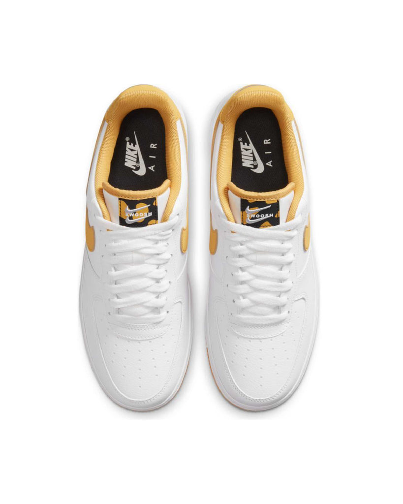 Carica l'immagine nel visualizzatore di Gallery, Nike Air Force 1 07 Lv8White Light Ginger Black