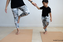 Load image into Gallery viewer, Mummy & Me Yoga Mats and Stardust Tights