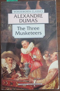 The Three Musketeers (SMALL PAPERBACK)