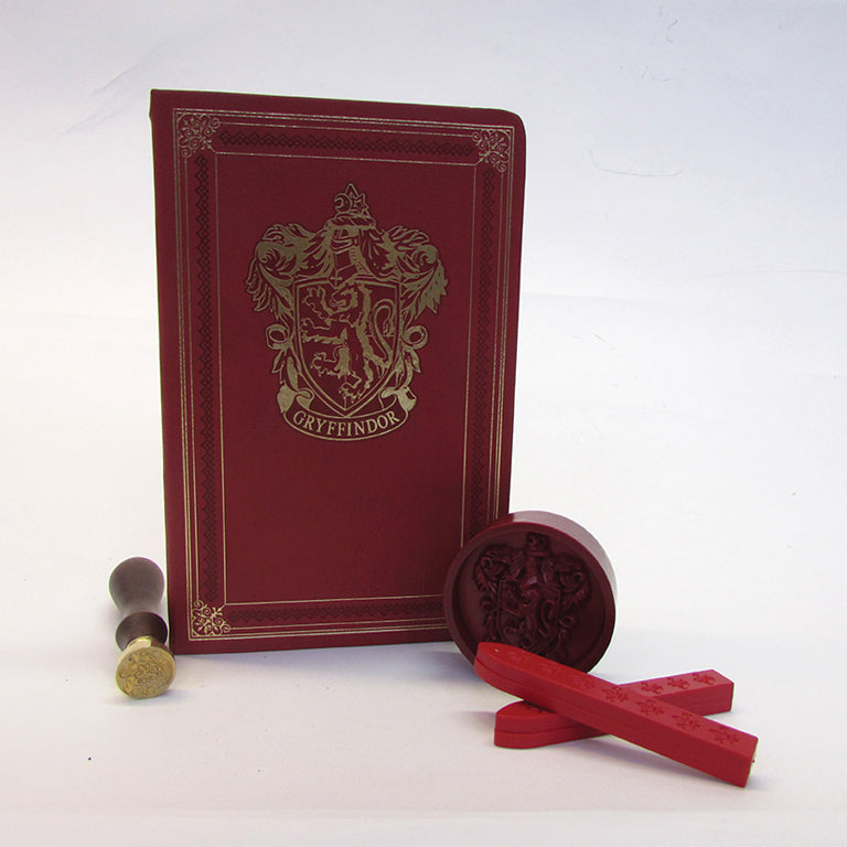 Harry Potter: Gryffindor Deluxe Stationery Set