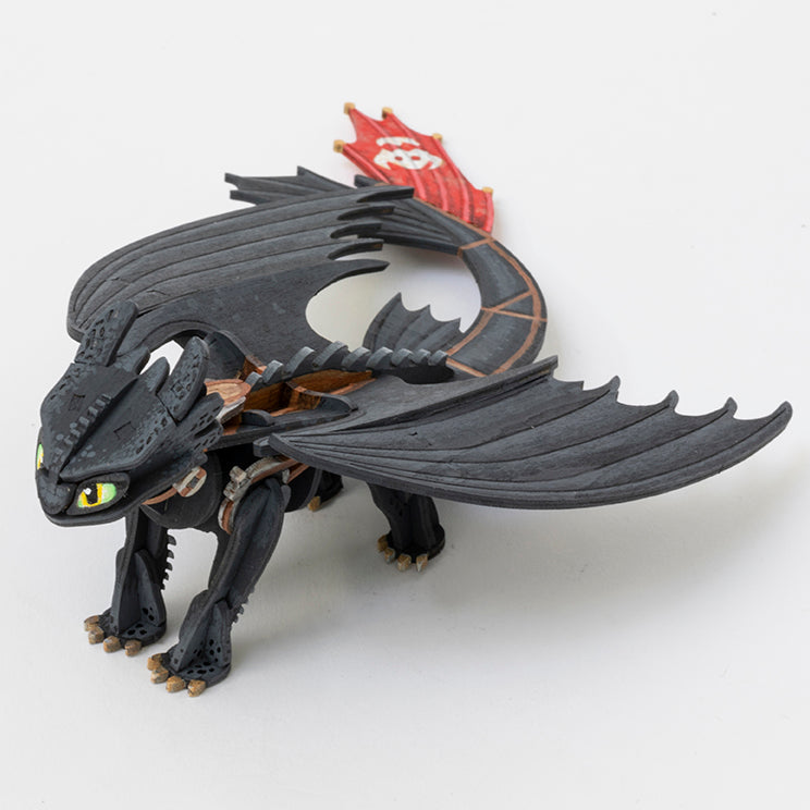 IncrediBuilds: DreamWorks Dragons Book and 3D Wood Model