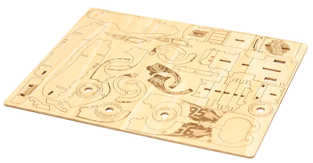 IncrediBuilds: Disney Pixar Cars 3: Lightning McQueen Deluxe Book and Model Set