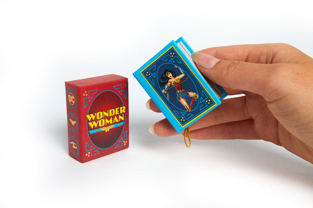 DC Comics: Wonder Woman (Tiny Book)