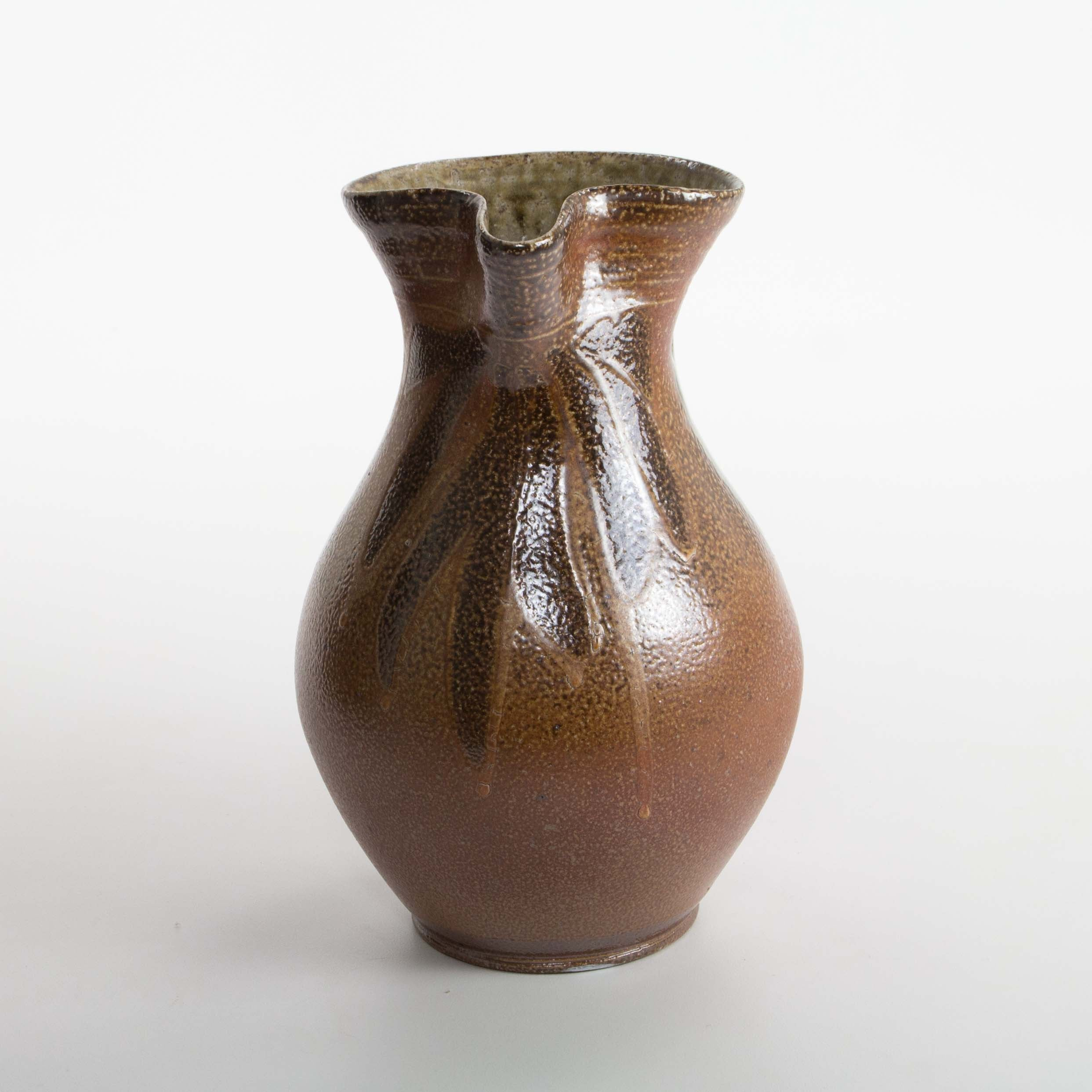 Quart Pitcher, Mark Hewitt