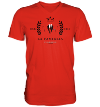 Lade das Bild in den Galerie-Viewer, LFC Logo - Mens V-Neck Shirt