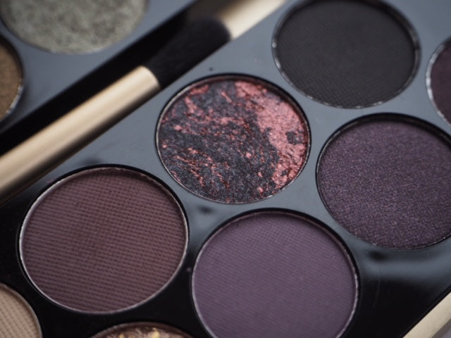Makeup Revolution Fortune Favours The Brave Eyeshadow Palette - Formula 2