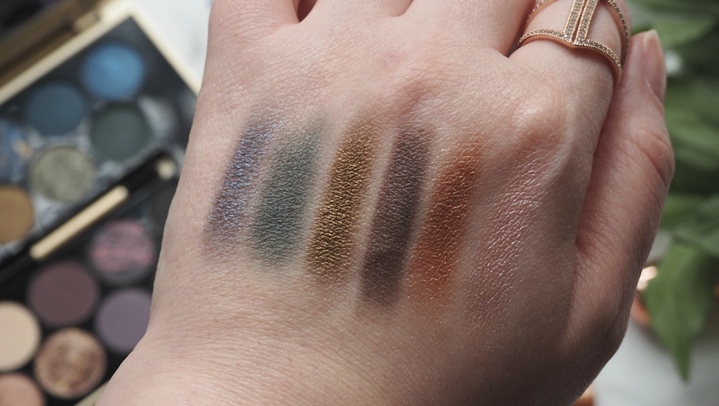 Makeup Revolution Fortune Favours The Brave Eyeshadow Palette - Pigmented