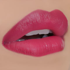Makeup Revolution Ultra Velour Lip Cream - All I Think About is You - Lip Swatch