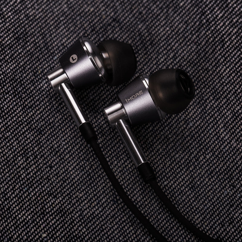 1MORE Triple Driver Wired Earphone With Mic (THX certified)