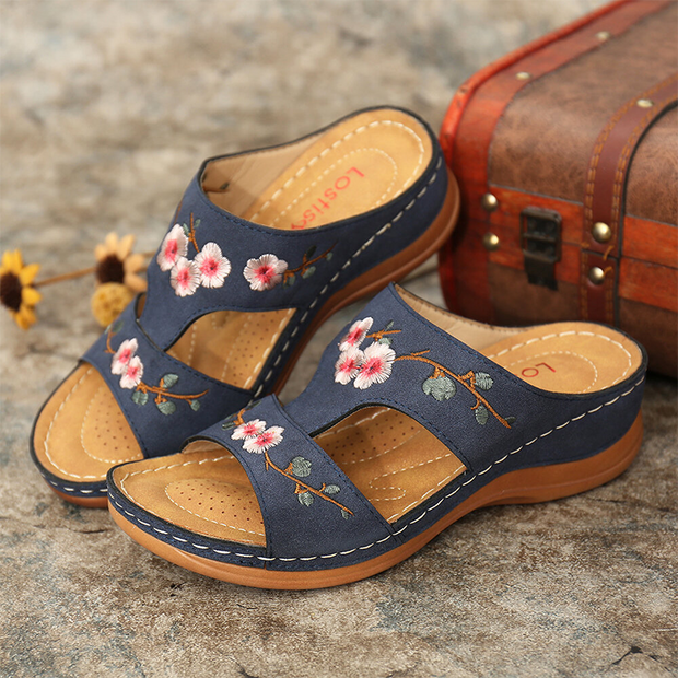 Flower Embroidered Vintage Casual Wedges Sandals