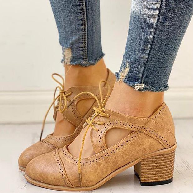 Kakimoda Lace-Up Cut Out Chunky Heels