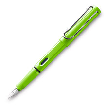 Load image into Gallery viewer, LAMY Safari Fountain Pen - Green