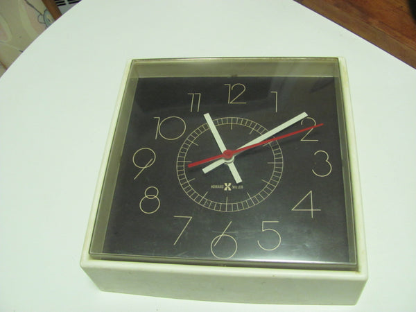 Clock: Howard Miller Wall Clock Model 6978