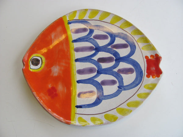 Ceramic: Fish trivet by DiSimone