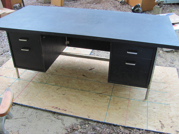 Sold  - Rare Knoll Desk