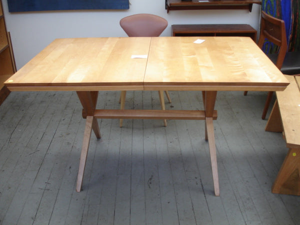Table: Russell Wright Dining Table