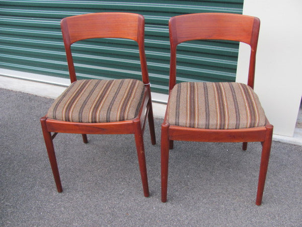 Chair: Two Moeller Teak Side Chairs