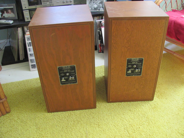 Speakers: KLH Model Six Floor Speakers