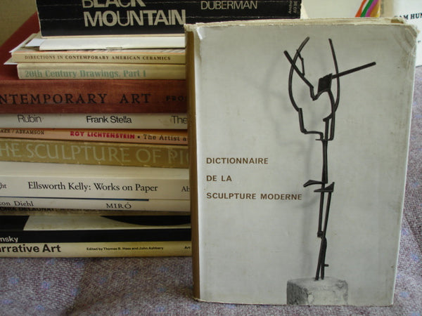 BOOK: Dictionaire De La Sculpture Moderne.  Free shipping in the USA