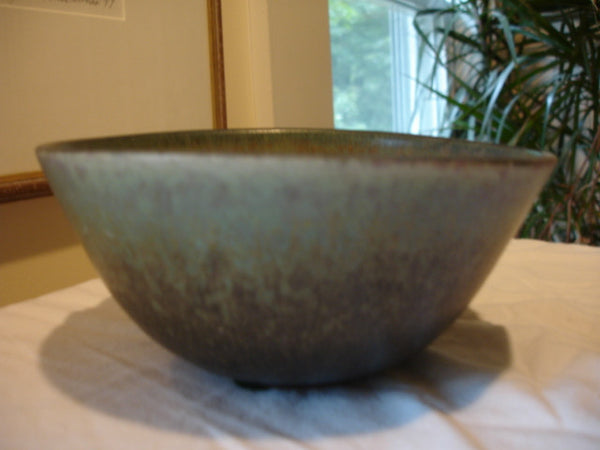 Ceramic: Saxbo Bowl, early, Kiln logo. Free shipping in the USA.