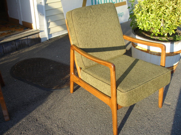 CHAIR: Ole Wanscher Teak Lounge Chair, Danish Modern