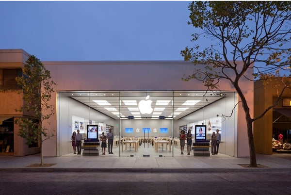 Apple planned to open a retail store in Mumbai and Bengaluru before the pandemic. It might reconsider this opportunity in 2021.