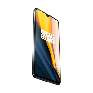 With its Snapdragon 855 mobile platform, the OnePlus 7 offers a powerful and immersive gaming experience.