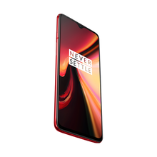 Load image into Gallery viewer, The Qualcomm Snapdragon 855 mobile platform raises the bar for mobile power in OnePlus 7.