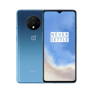 With a responsive 90 Hz refresh rate and the latest HDR10+ technology, the OnePlus 7T's Fluid Display is smooth, vivid, and incredibly immersive