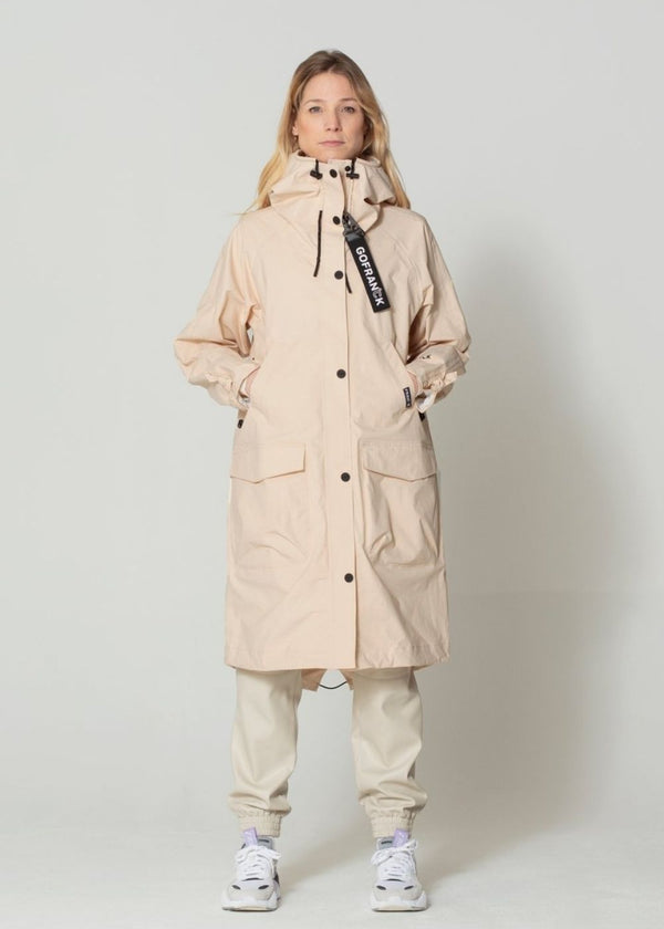 GoFranck Outerproofs |  Summer WOMEN'S WATERPROOF PARKA IN CREAM PINK