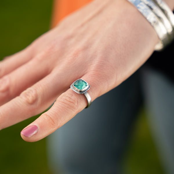 Apatite (Turquoise Blue) Antiqued Stacking Ring - Size UK M - US 6 1/4