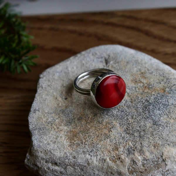 Rosarita Red Round Ring on a Thin Double Silver Band - Uk Size L  - US 6 1/8