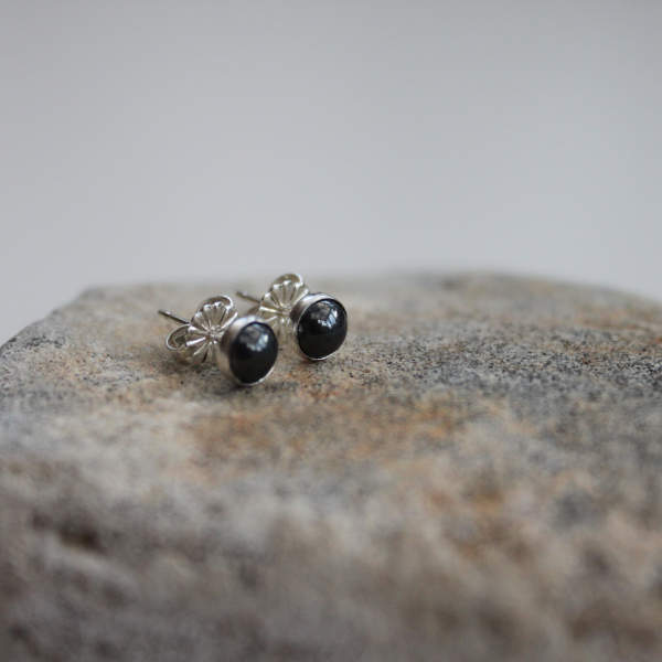 Hematite Grey Stone Studs Earrings(5mm) in Sterling Silver Back and Post