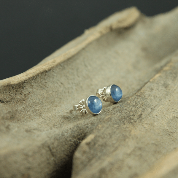 Blue Kyanite Stone Stud Earrings (6mm) in Sterling Silver Back and Post
